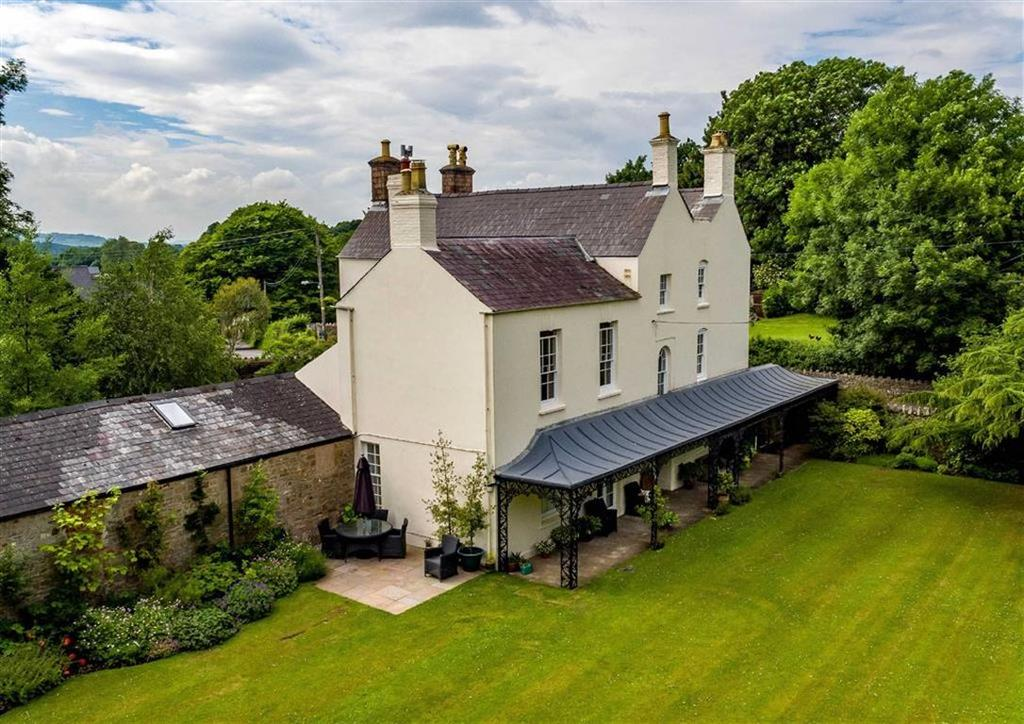 6 Bedrooms Detached House for sale in English Bicknor, English Bicknor Coleford, Gloucestershire