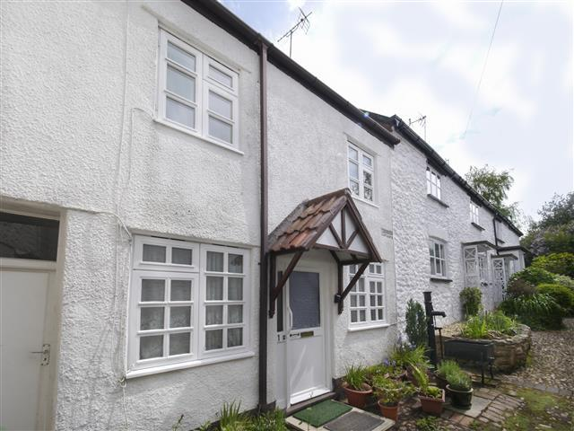 1 Bedroom Cottage House for sale in Laburnum Cottages, Wellington TA21