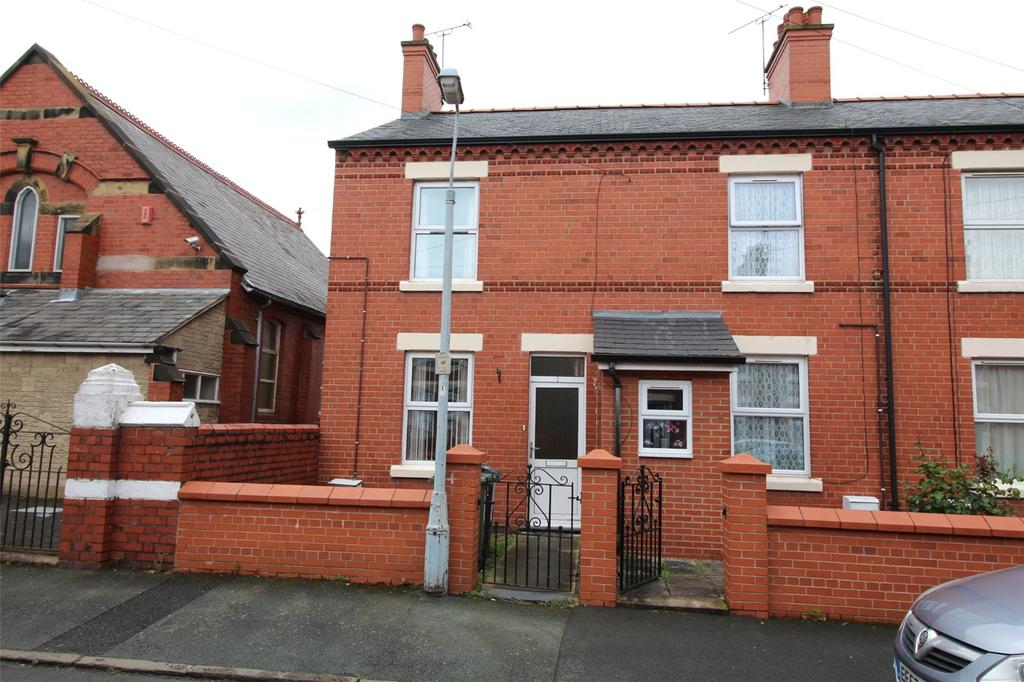 2 Bedrooms House for sale in Bernard Road, Wrexham, LL13