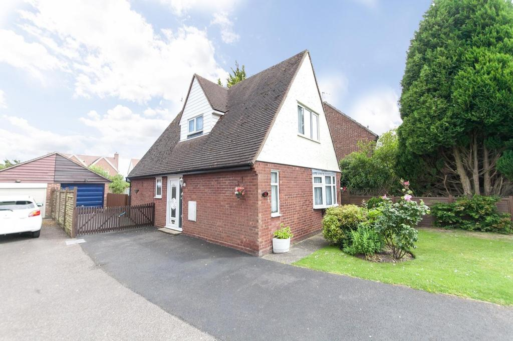 2 Bedrooms Chalet House for sale in Dedham Meade, Dedham, Colchester, Essex, CO7