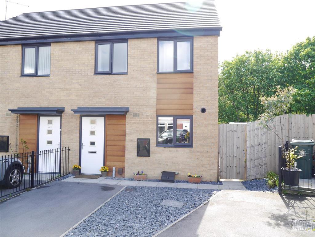 3 Bedrooms Semi Detached House for sale in Ranelagh Avenue, Ravenscliffe, Bradford, BD10 0HF