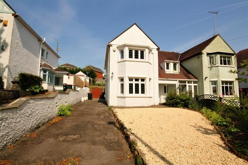 3 Bedrooms Semi Detached House for sale in Allt-yr-yn Avenue, Newport, Newport. NP20 5DD