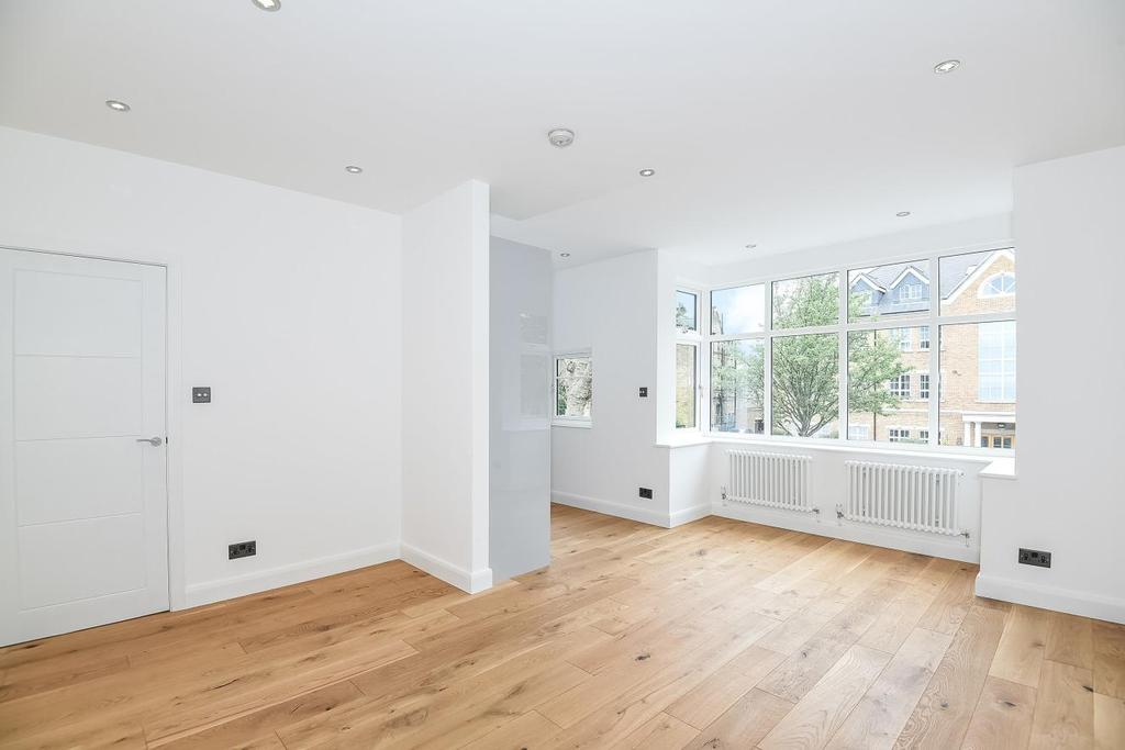 2 Bedrooms Flat for sale in Little Ealing Lane, Ealing, W5