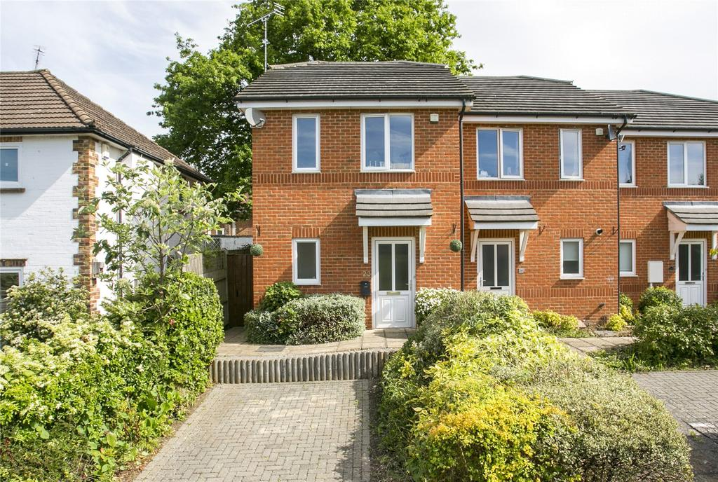 Bed House For Sale In Larkfield Kent