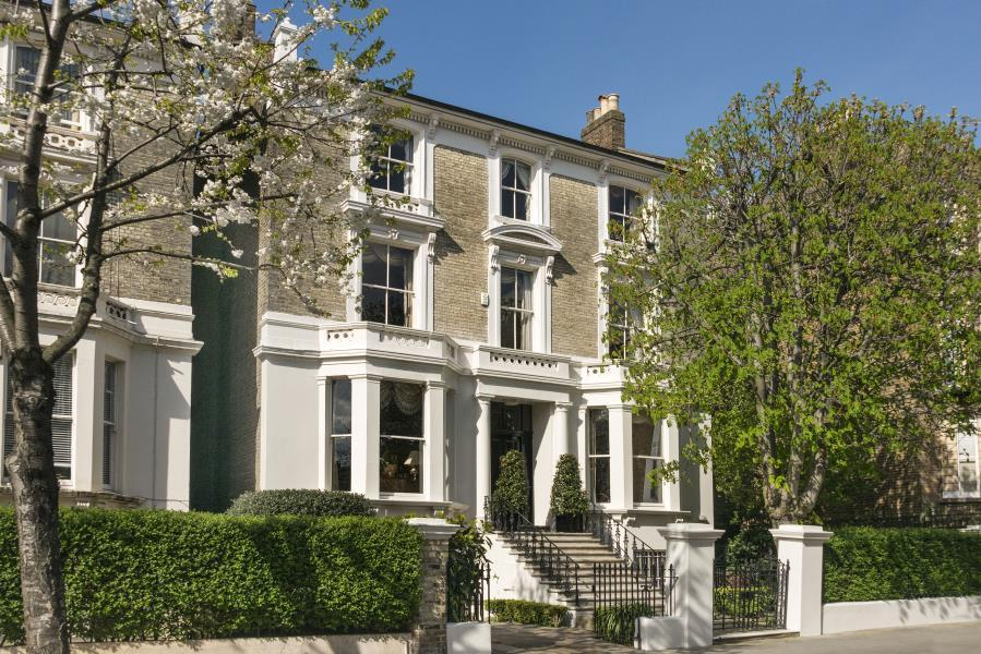 8 Bedrooms Detached House for sale in Oxford Gardens, North Kensington W10
