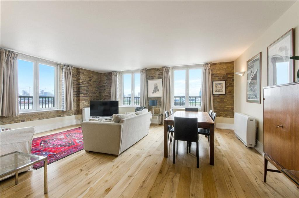 3 Bedrooms Flat for sale in Cubitt Wharf, Storers Quay, Isle Of Dogs, London, E14