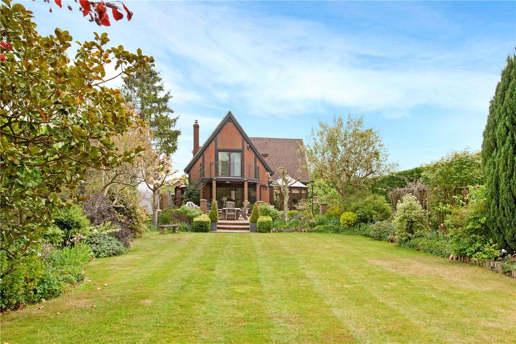4 Bedrooms Detached House for sale in The Sydings, Speen, Newbury, Berkshire, RG14