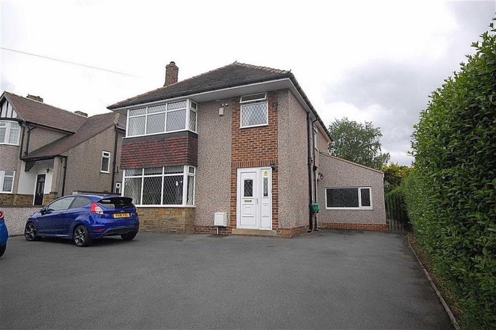 3 Bedrooms Detached House for sale in Lightridge Road, Fixby, Huddersfield, HD2