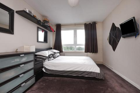 2 bedroom flat for sale - Valley Grove, Charlton, SE7