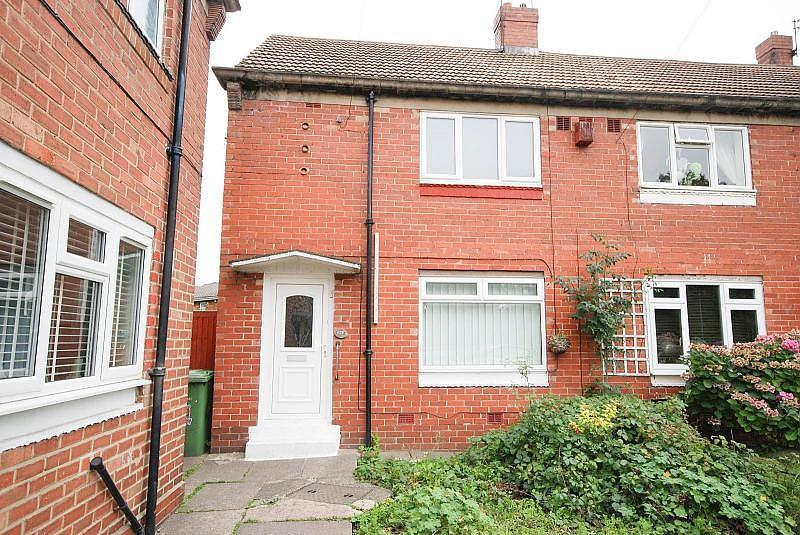 2 Bedrooms Terraced House for sale in St Lukes Road, Pennywell