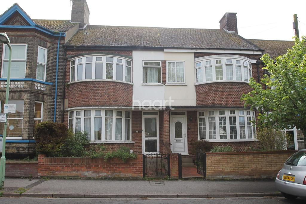4 Bedrooms Terraced House for sale in Alexandra Rd, Lowestoft