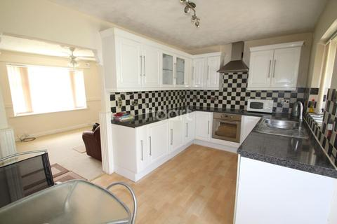 3 bedroom semi-detached house for sale - Andover Road, Bestwood, Nottingham