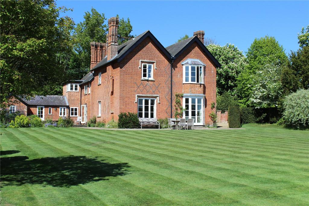 5 Bedrooms Detached House for sale in Flowton, Ipswich, Suffolk, IP8