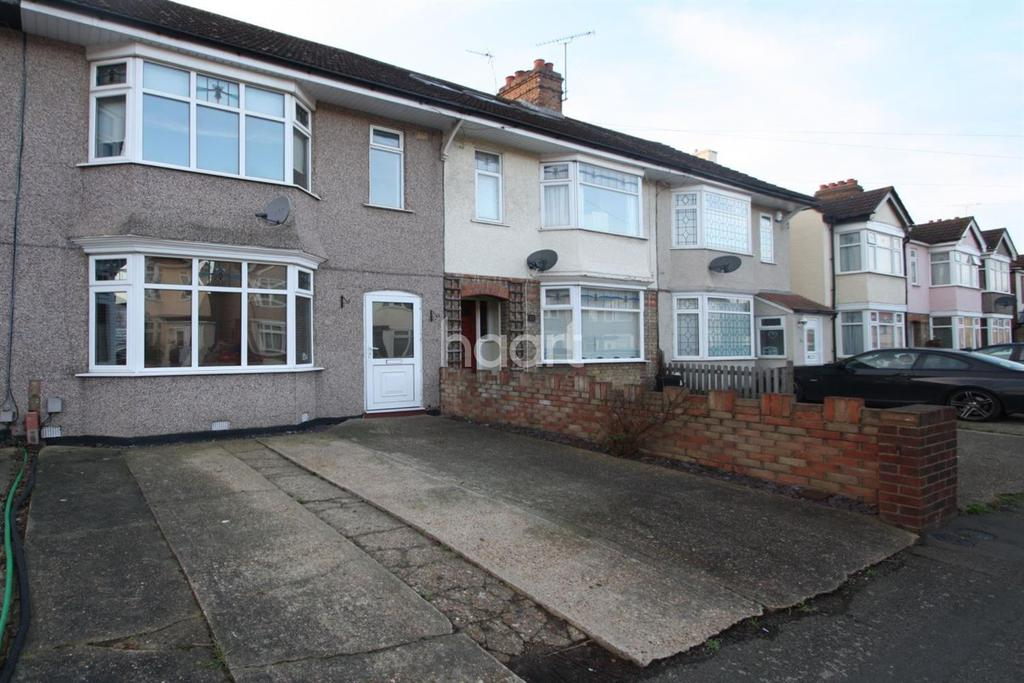 3 Bedrooms Terraced House for sale in Knightsbridge Gardens, Romford