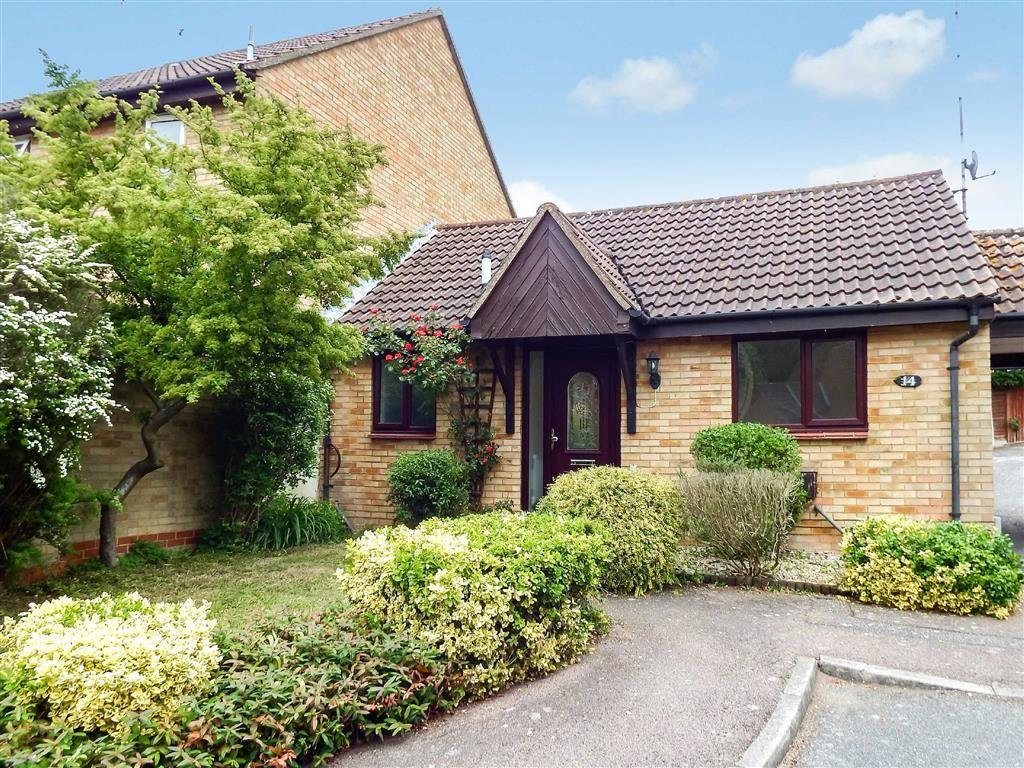 1 Bedroom Semi Detached Bungalow for sale in Beane Walk, Stevenage, Hertfordshire, SG2