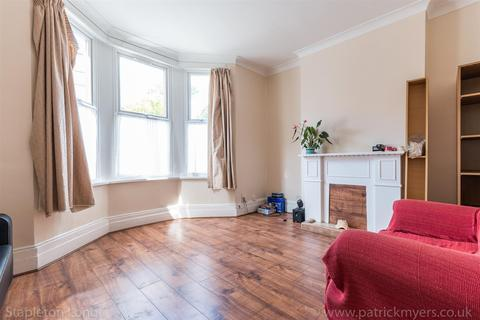 4 bedroom house to rent - Ullswater Road, London