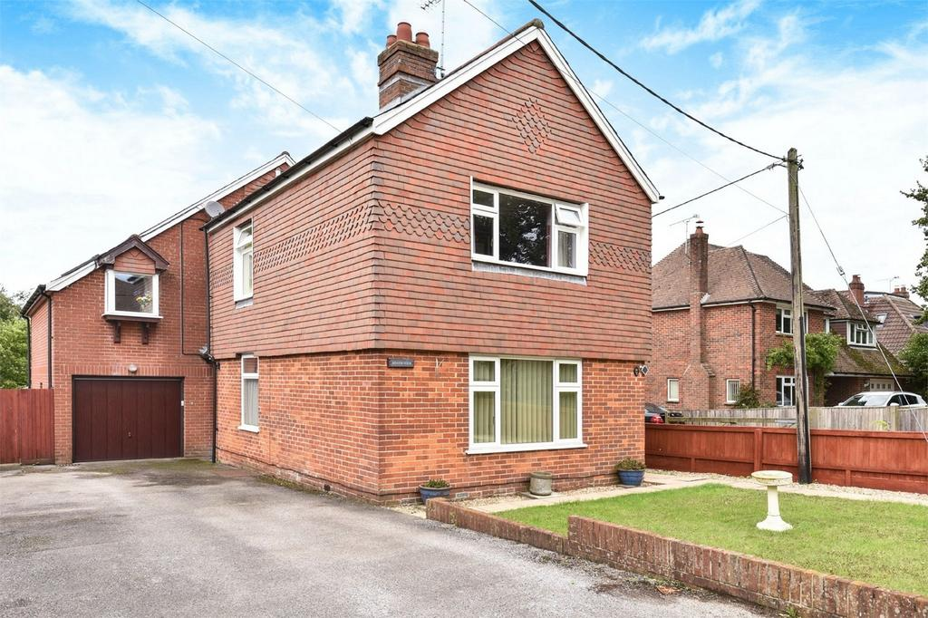 5 Bedrooms Detached House for sale in Alresford, Hampshire