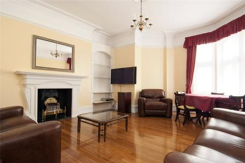 3 bedroom apartment to rent - Bedford Court Mansions, Bedford Avenue, London, WC1B