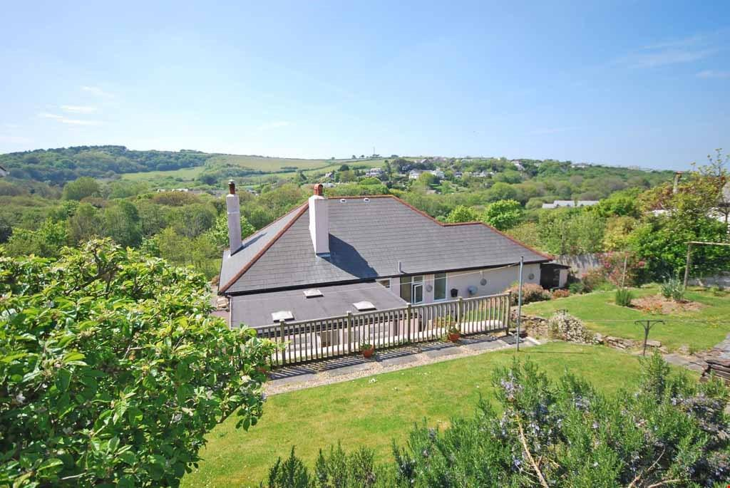 4 Bedrooms Detached House for sale in Bolingey, Nr. Perranporth, Cornwall, TR6