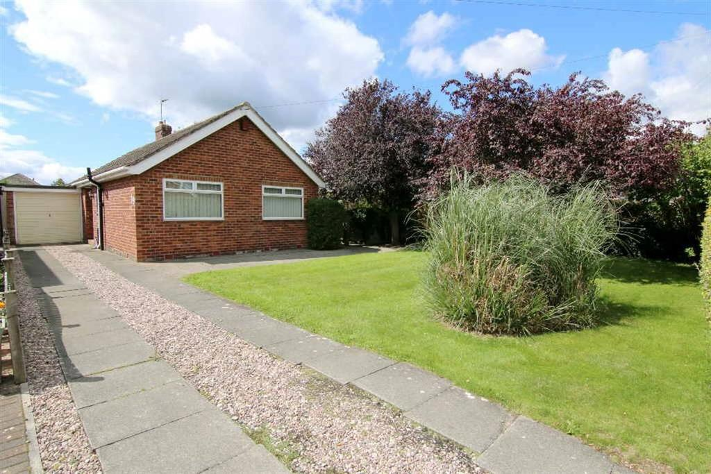 3 Bedrooms Detached Bungalow for sale in Greenfield Crescent, Waverton