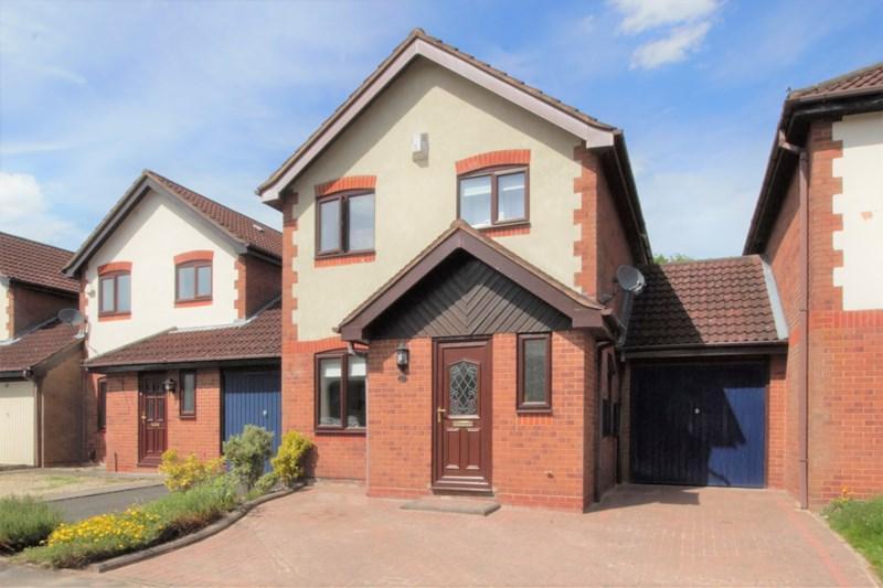 3 Bedrooms Link Detached House for sale in Bartley Woods, Birmingham