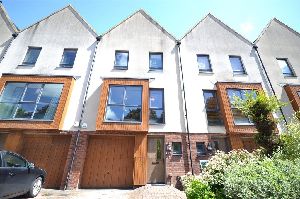 3 Bedrooms Terraced House for sale in Bartley Wilson Way, Cardiff, CF11