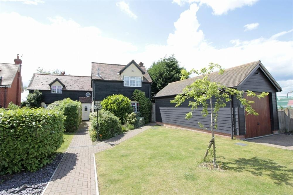 4 Bedrooms Detached House for sale in Vine Road, Tiptree, Colchester, Essex