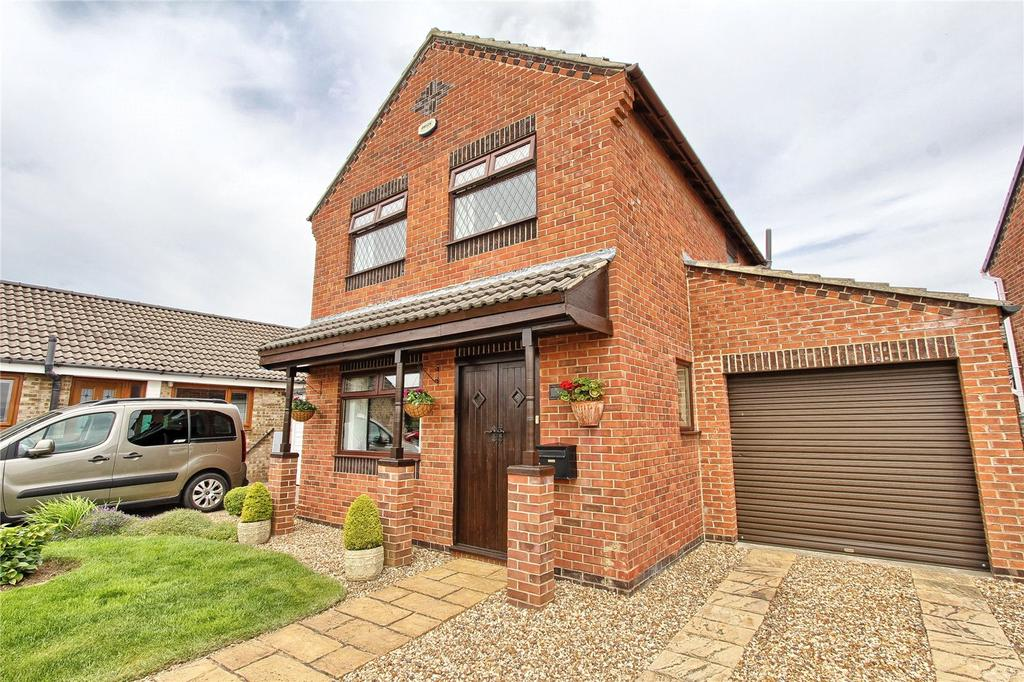 4 Bedrooms Detached House for sale in Hornsea Close, Owington Farm