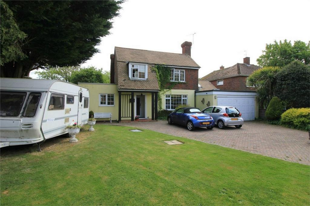 3 Bedrooms Detached House for sale in Pevensey Road, ST LEONARDS-ON-SEA, East Sussex