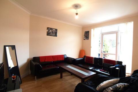 4 bedroom house to rent - Downhills Way, Haringey, N17