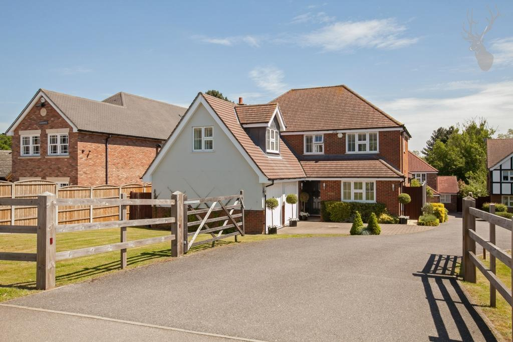 5 Bedrooms House for sale in Tysea Hill, Stapleford Abbotts, RM4