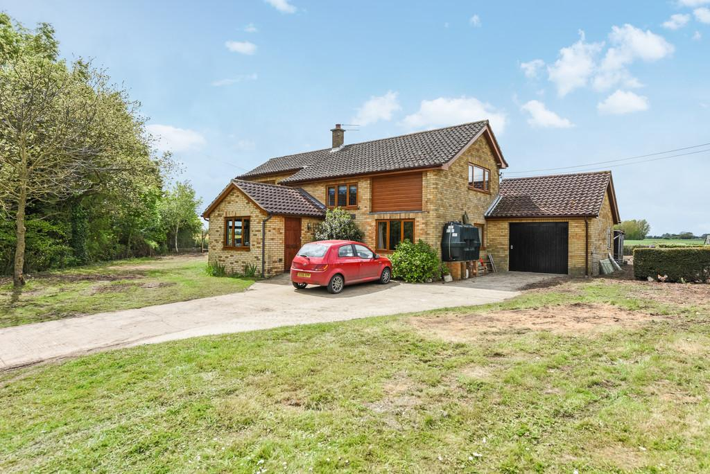 4 Bedrooms Detached House for sale in Cratfield, Nr Halesworth, Suffolk