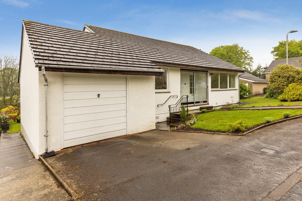 2 Bedrooms Detached Bungalow for sale in 23 Windermere Park, Windermere, Cumbria, LA23 2NB