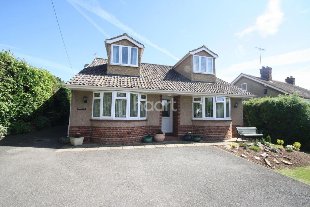4 Bedrooms Bungalow for sale in Monkton Heathfield, Taunton
