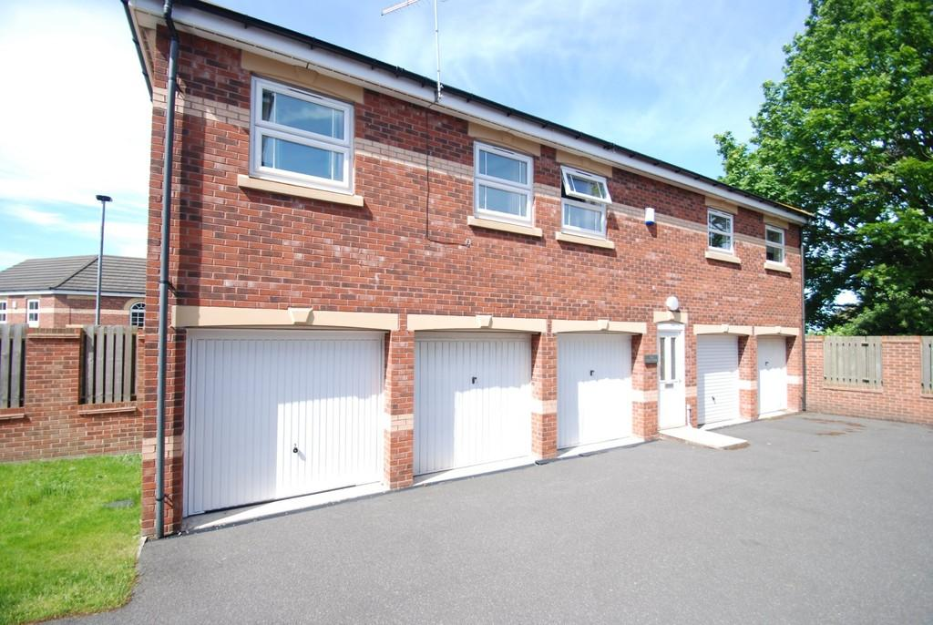 2 Bedrooms Apartment Flat for sale in Elmwood Way, Barnsley S75