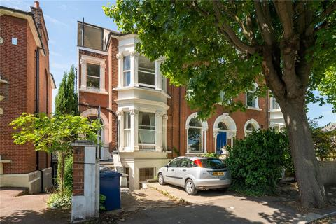 1 bedroom flat for sale - Avenue Crescent, London, W3
