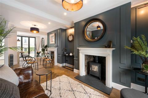 3 bedroom terraced house for sale - Billing Street, London