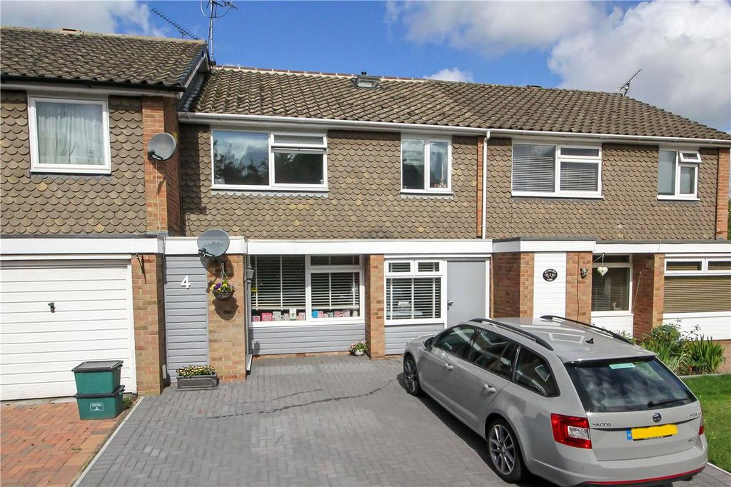 4 Bedrooms Terraced House for sale in St. Michaels Close, Harpenden, Hertfordshire