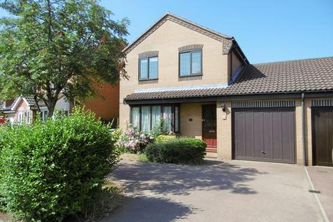 3 bedroom link detached house to rent - Aylsham