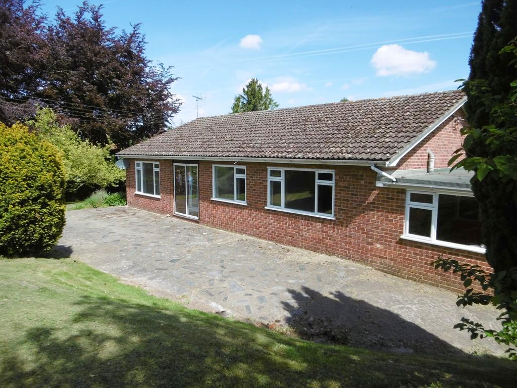 3 Bedrooms Detached Bungalow for sale in Booton near Reepham