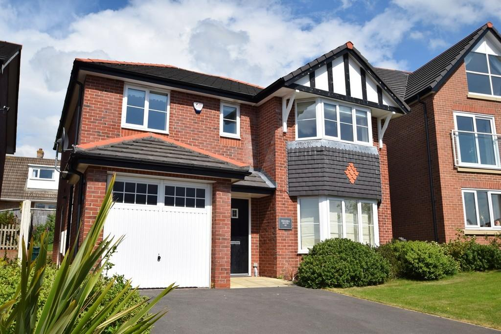 4 Bedrooms Detached House for sale in Tal Y Fan, Glan Conwy
