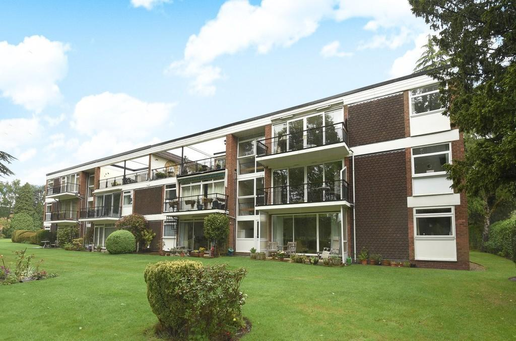 3 Bedrooms Penthouse Flat for sale in Longdon Croft , Knowle, Solihull