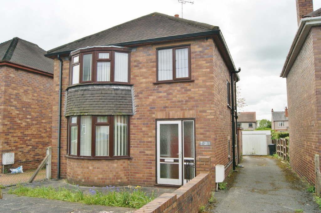 3 Bedrooms Detached House for sale in Henry Street, Rhostyllen