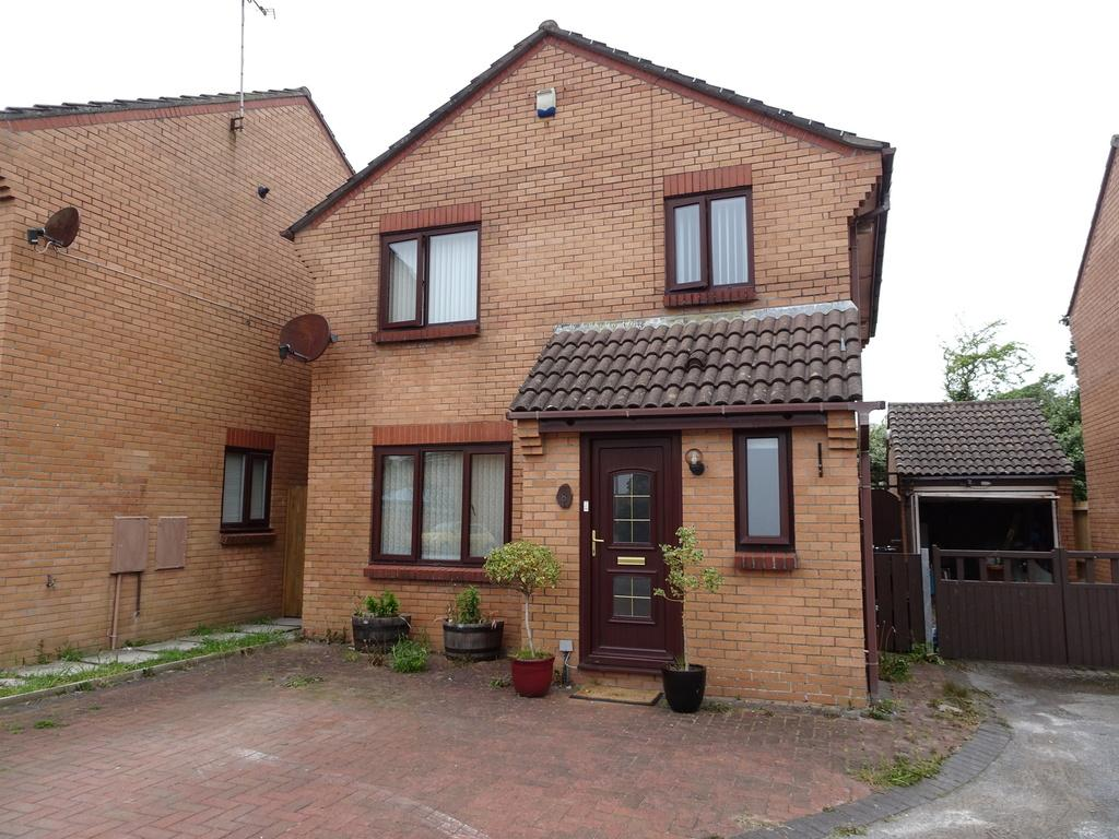 3 Bedrooms Detached House for sale in CANDLESTON CLOSE, PORTHCAWL, CF36 3HL