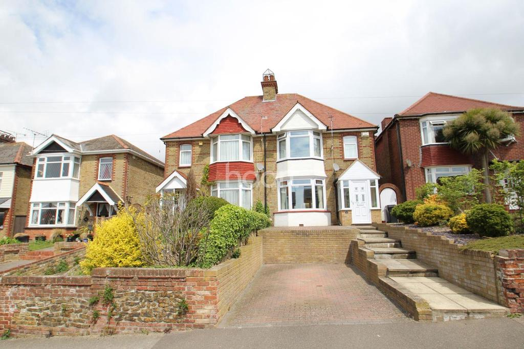 4 Bedrooms Semi Detached House for sale in Downs Road,Ramsgate,CT11