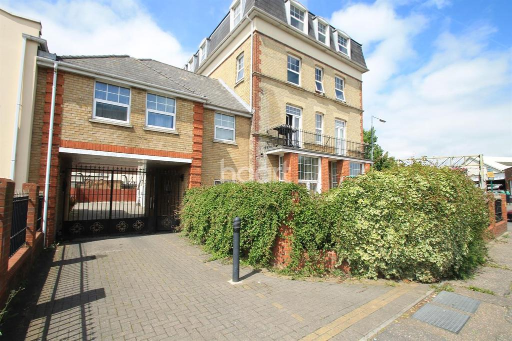 1 Bedroom Flat for sale in Clacton-on-sea