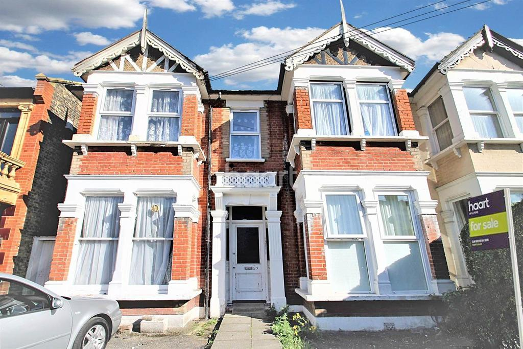 1 Bedroom Flat for sale in Ingleby Road, Ilford, Essex