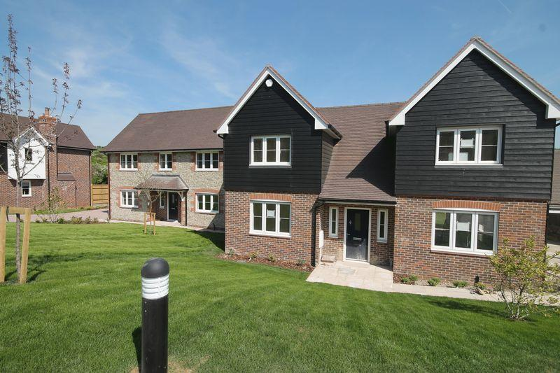 4 Bedrooms Detached House for sale in Forge Close, Church Lane, Pyecombe, West Sussex,