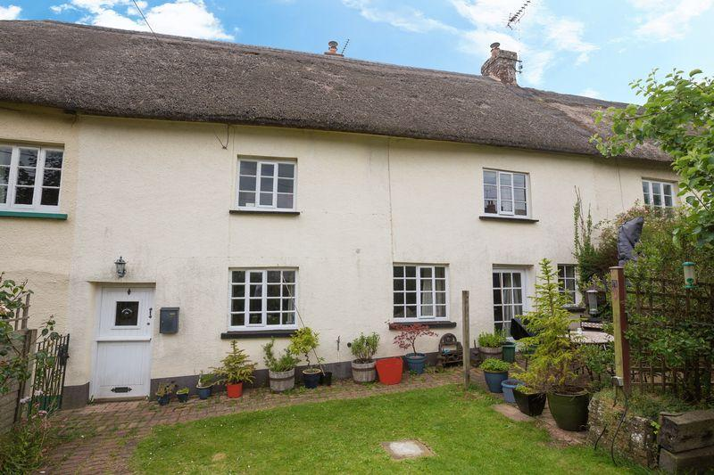 4 Bedrooms Terraced House for sale in Fore Street, Morchard Bishop