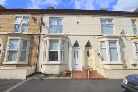 3 bedroom terraced house to rent - Gwladys Street, Liverpool